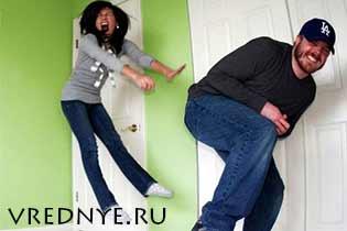 Муж пердит, пукает и не стесняется: что делать