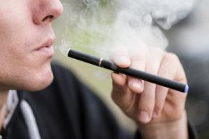 Почему может болеть горло от электронной сигареты